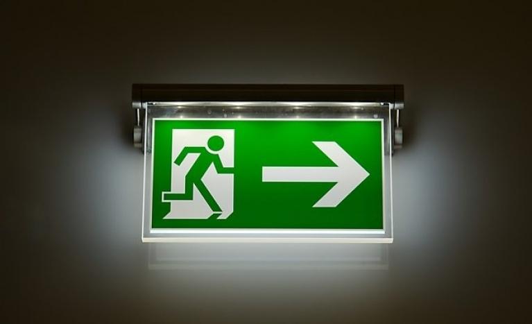 when is emergency lighting used